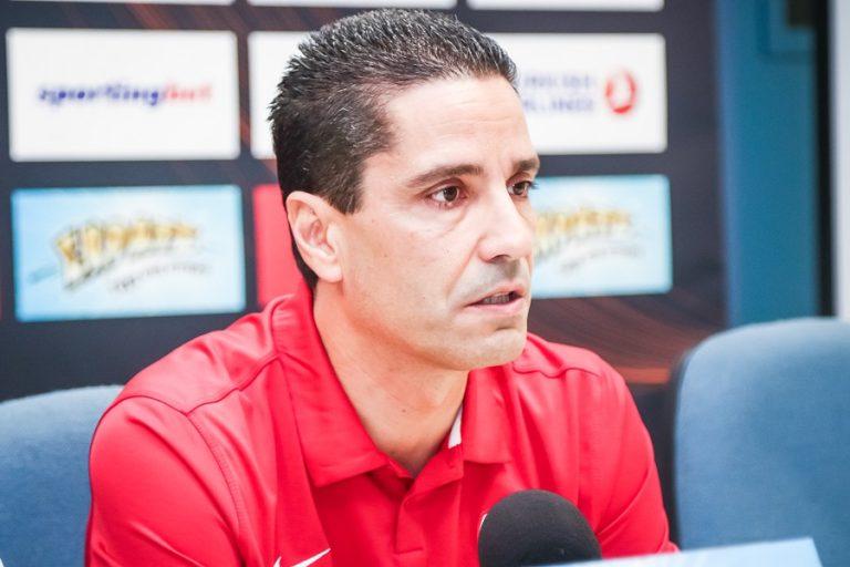 Σφαιρόπουλος «Μοίρα του Ολυμπιακού να παίζει με τραυματισμούς και κόντρα διαιτησίες » | to10.gr