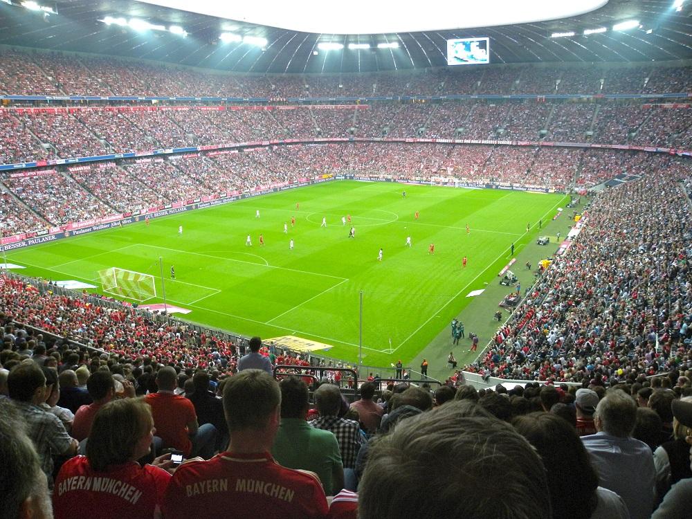 Οι Γερμανοί γεμίζουν όλα τα γήπεδα | to10.gr
