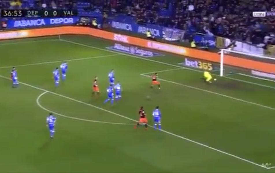 Ντεπορτίβο Λα Κορούνια : Το γκολ που «έπνιξε» ο τερματοφύλακας της | to10.gr