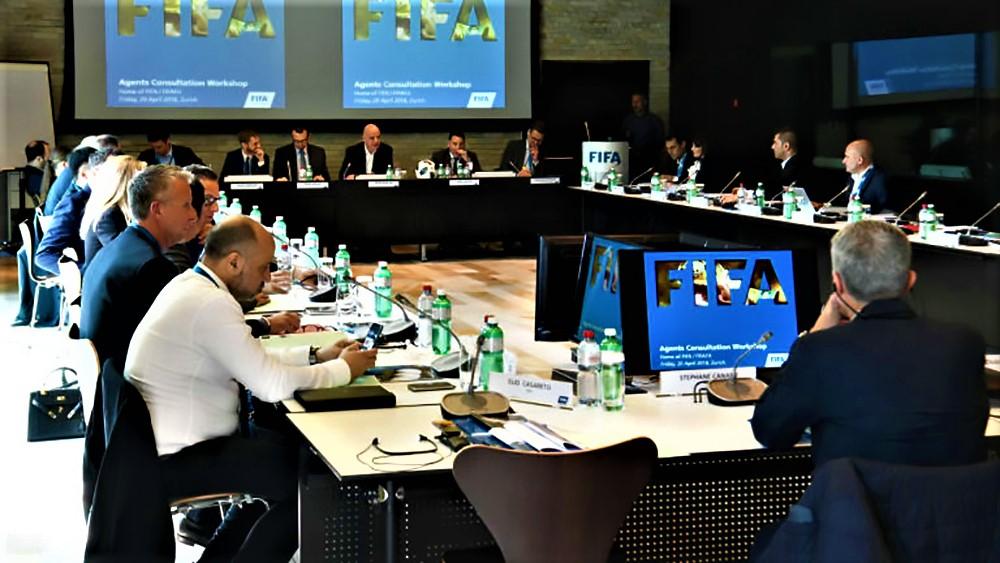 Ανακωχή μεταξύ FIFA-ατζέντηδων | to10.gr