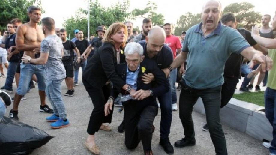 Δεν φταίνε οι «Πλατείες» για το φασισμό | to10.gr