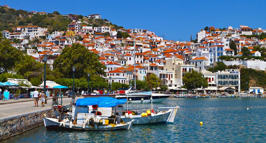 Σκόπελος : Πέντε κορυφαίες παραλίες που θες να βουτήξεις τώρα - to10.gr
