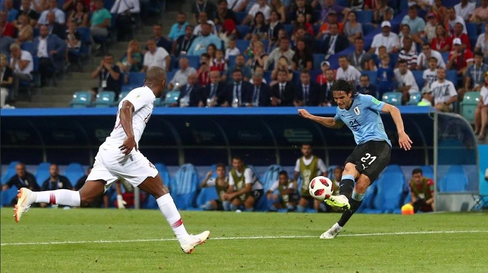 Τρομερό πλασέ του Καβάνι και 2-1 για την Ουρουγουάη | to10.gr