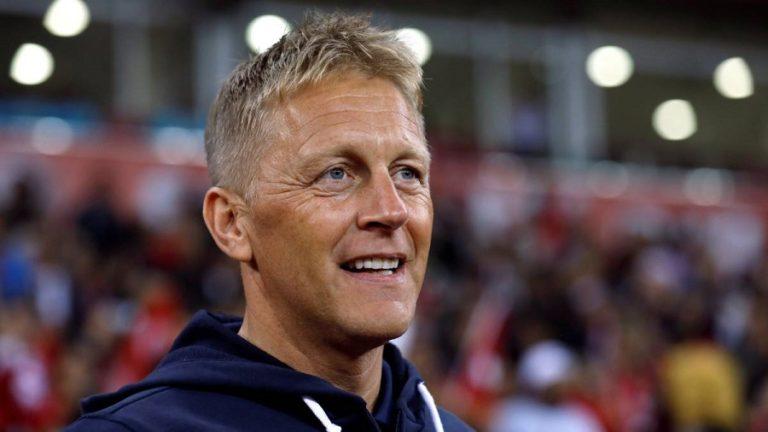 Παραιτήθηκε ο Χάλγκριμσον από την Ισλανδία   to10.gr