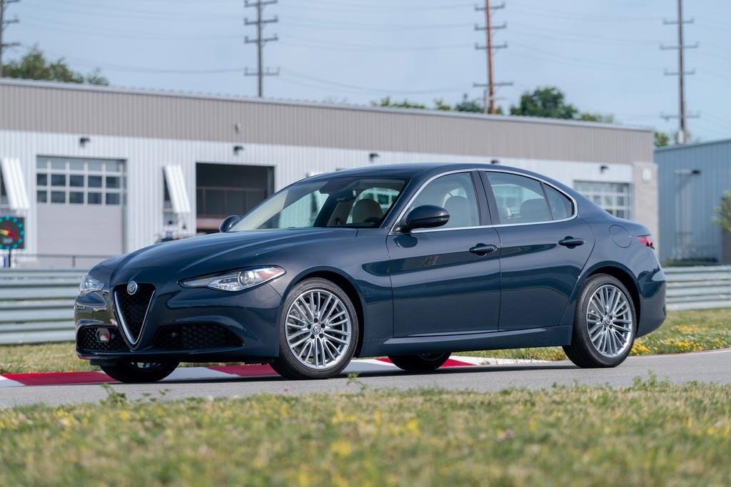 2019 Alfa Romeo Giulia | to10.gr