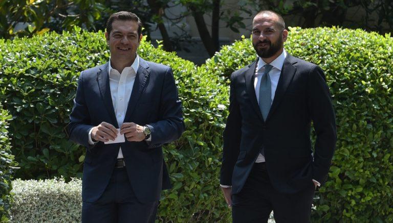 Ο Τζανακόπουλος ομολογεί ότι ο ΣΥΡΙΖΑ ήθελε Σαμαράς και Βενιζέλος να κάνουν τη «βρώμικη δουλειά» | to10.gr