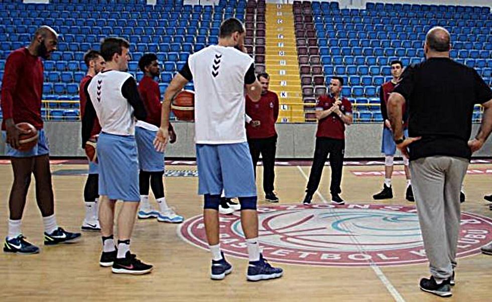 Νέο κανόνι στο τουρκικό μπάσκετ, αποσύρεται και η Τραμπζονσπόρ | to10.gr