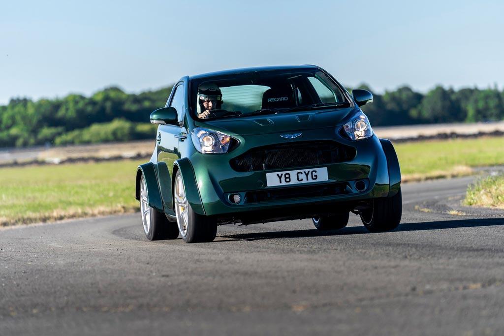 Aston Martin V8 Cygnet: Το απόλυτο αυτοκίνητο πόλης | to10.gr