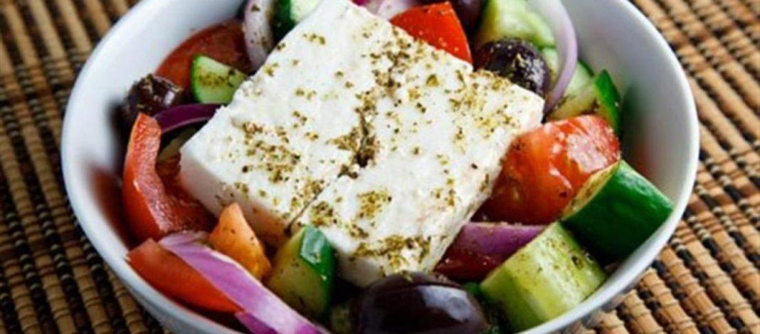 Σε ποιο μέρος της Ελλάδας έφτιαξαν για πρώτη φορά χωριάτικη σαλάτα | to10.gr