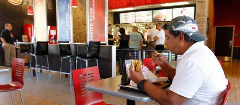 O πρώτος που θα δοκιμάσει το νέο έδεσμα παίρνει… 22.000 ευρώ – Χαμός με αλυσίδα fast-food   to10.gr