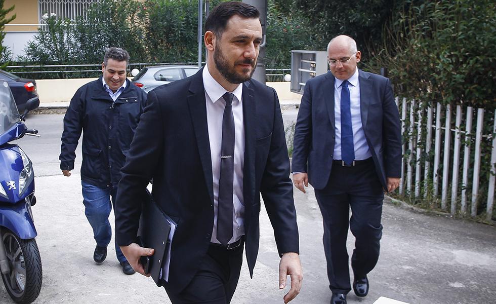 «Δεν συνιστούν βιαιοπραγία όσα συνέβησαν έξω από το ΟΑΚΑ»! | to10.gr