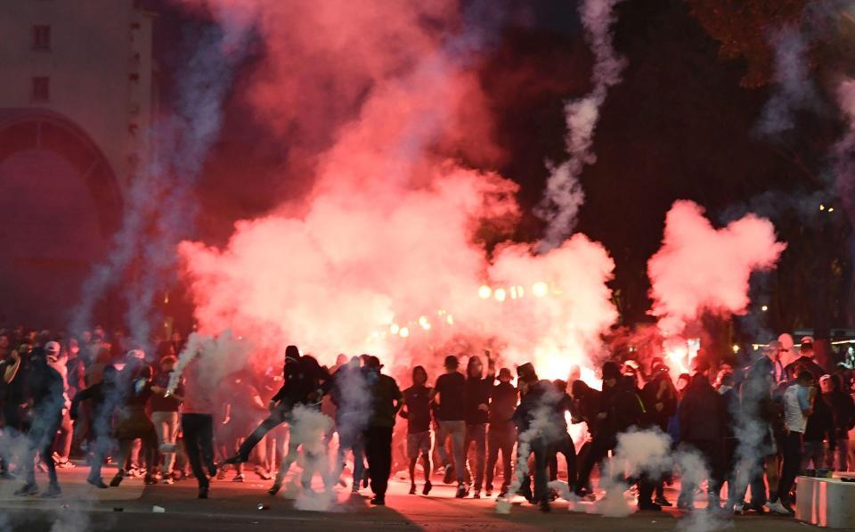 d322668b56a Χαμός έξω από το Βελοντρόμ με οπαδούς των Μαρσέιγ και Λάτσιο (pics, vids)