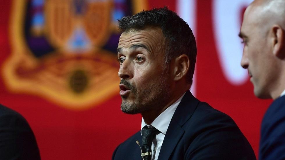 Διέρρευσαν τα «σκονάκια» του Λουίς Ενρίκε από το Ισπανία – Αγγλία | to10.gr