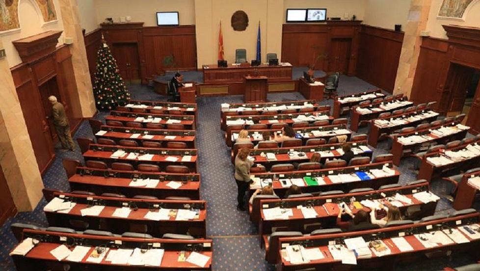 Εγκρίθηκε η Συμφωνία των Πρεσπών στα Σκόπια – Το «μπαλάκι» στην Αθήνα | to10.gr