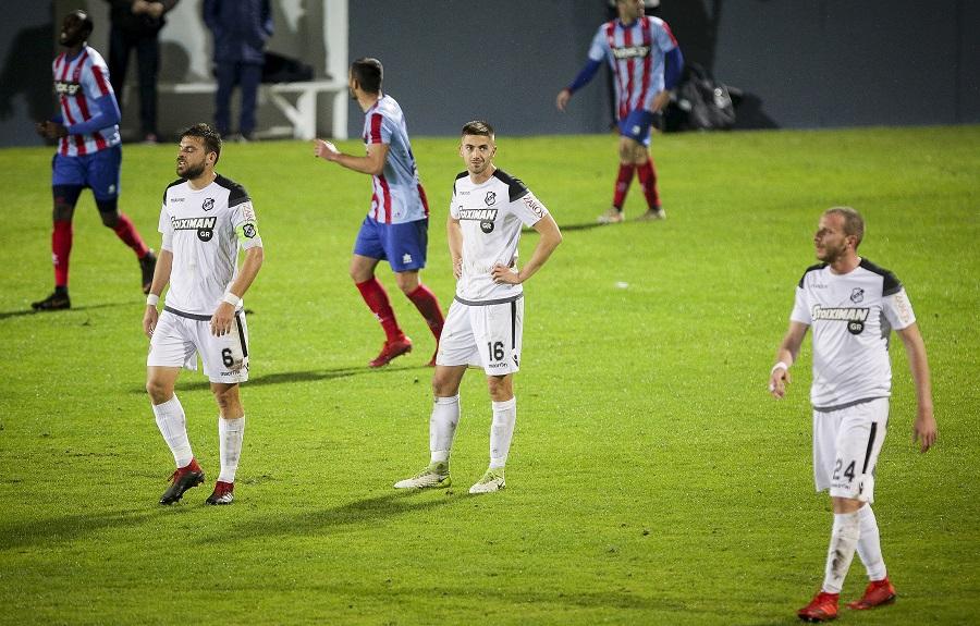 Παπαδόπουλος: «Το άγχος βαραίνει τα πόδια των παικτών» | to10.gr