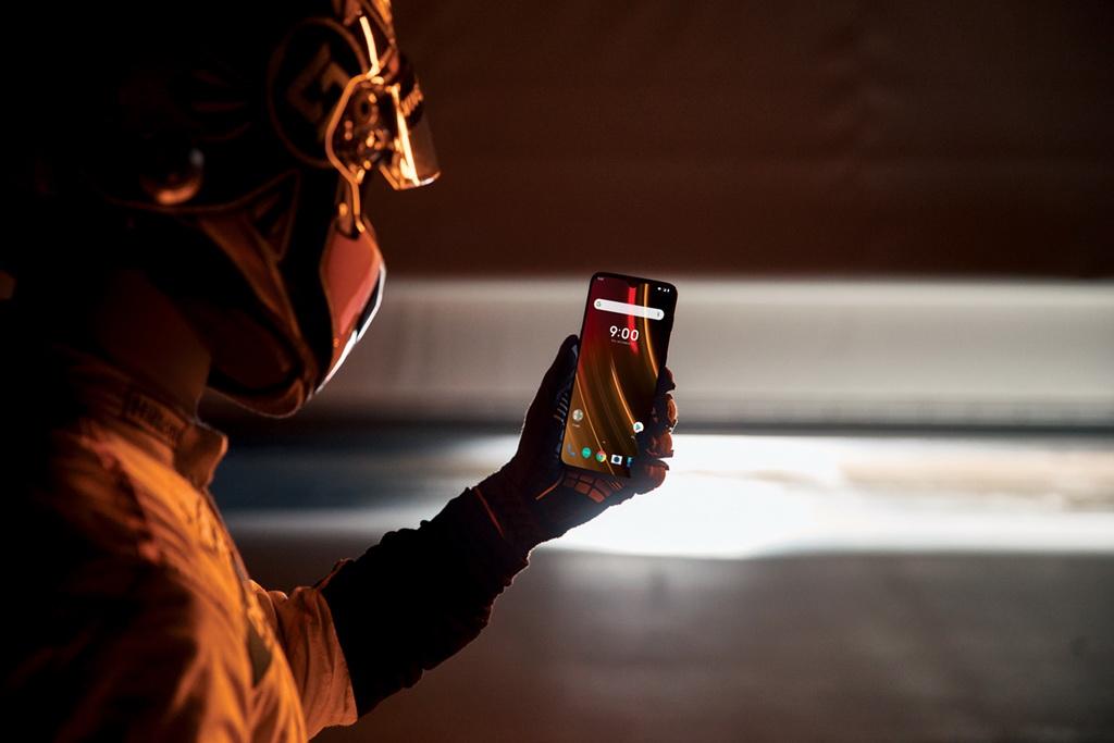 Smartphone OnePlus 6T McLaren Edition | to10.gr