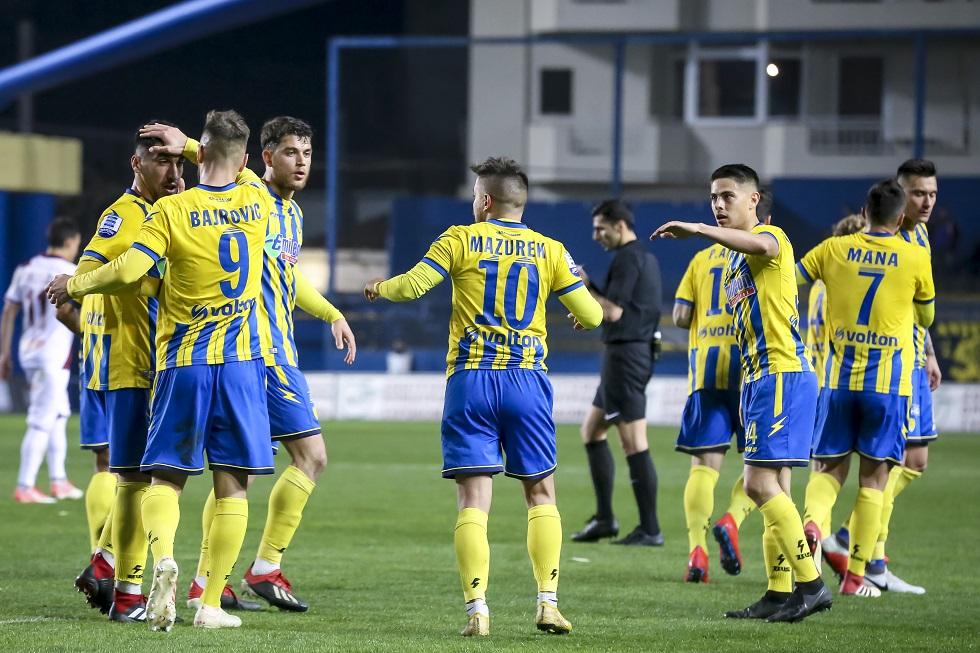 Μάζουρεκ και Μπαίροβιτς «πληγώνουν» την ΑΕΛ (vids) | to10.gr