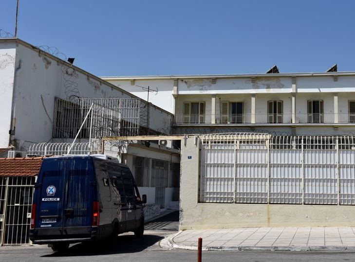 «Μαφία των φυλακών»: Μπορούμε να βρούμε κανένα φράγκο να στείλουμε το πτώμα στην Αλβανία;   to10.gr