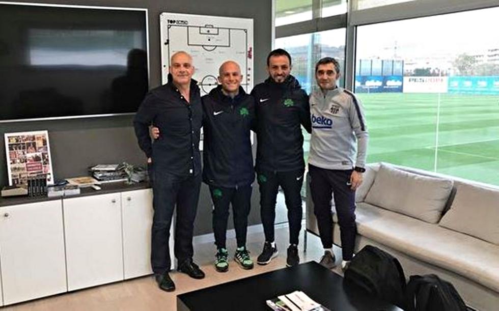 Ο Βαλβέρδε ξενάγησε δυο προπονητές του Παναθηναϊκού στη La Masia | to10.gr
