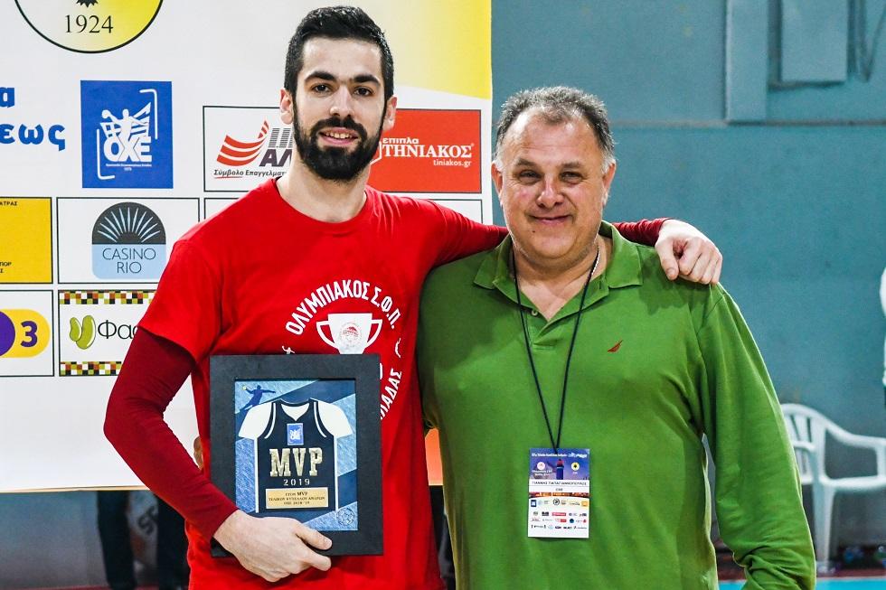 MVP ο Τζηράς: «Κερδίσαμε με εμφατικό τρόπο» | to10.gr