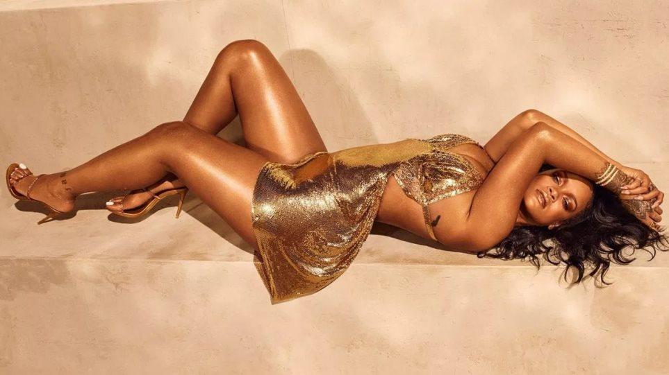 H Rihanna έχασε τα περιττά κιλά και ποζάρει με καλοκαιρινή διάθεση (pics) | to10.gr