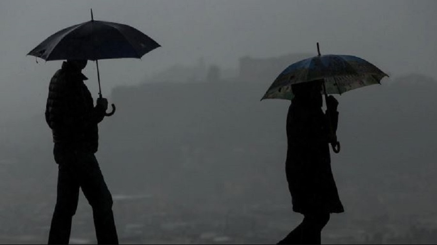 Αστατος ο καιρός και σήμερα -Πού θα «χτυπήσουν» βροχές και καταιγίδες | to10.gr