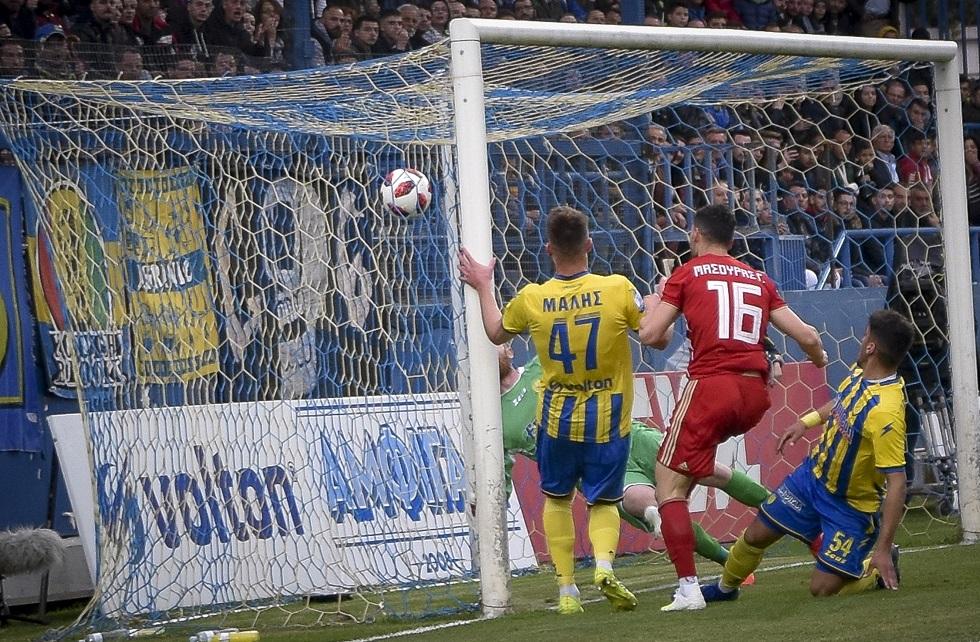 Κεφαλιά του Μασούρα και 1-0 ο Ολυμπιακός (vid)   to10.gr
