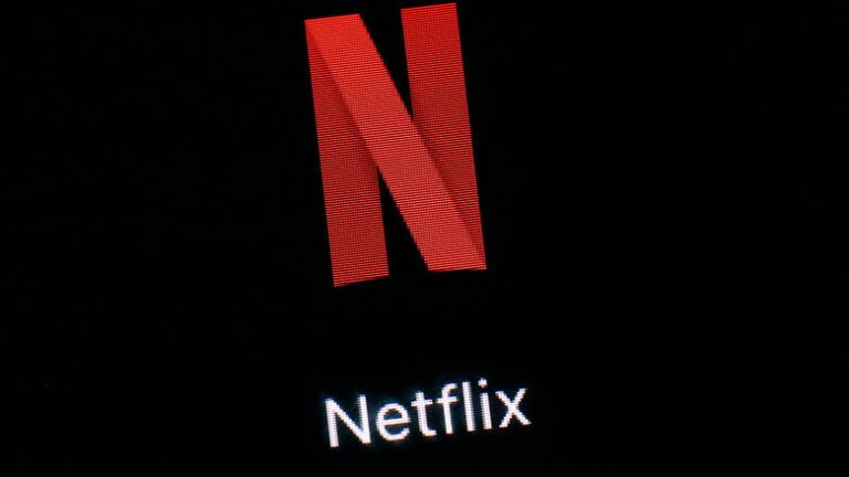 Το Netflix «έκοψε» ξαφνικά κορυφαία σειρά και προκάλεσε κακό χαμό | to10.gr