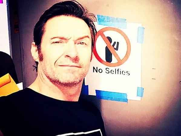 10 celebrities που μισούν τις… selfies! | to10.gr
