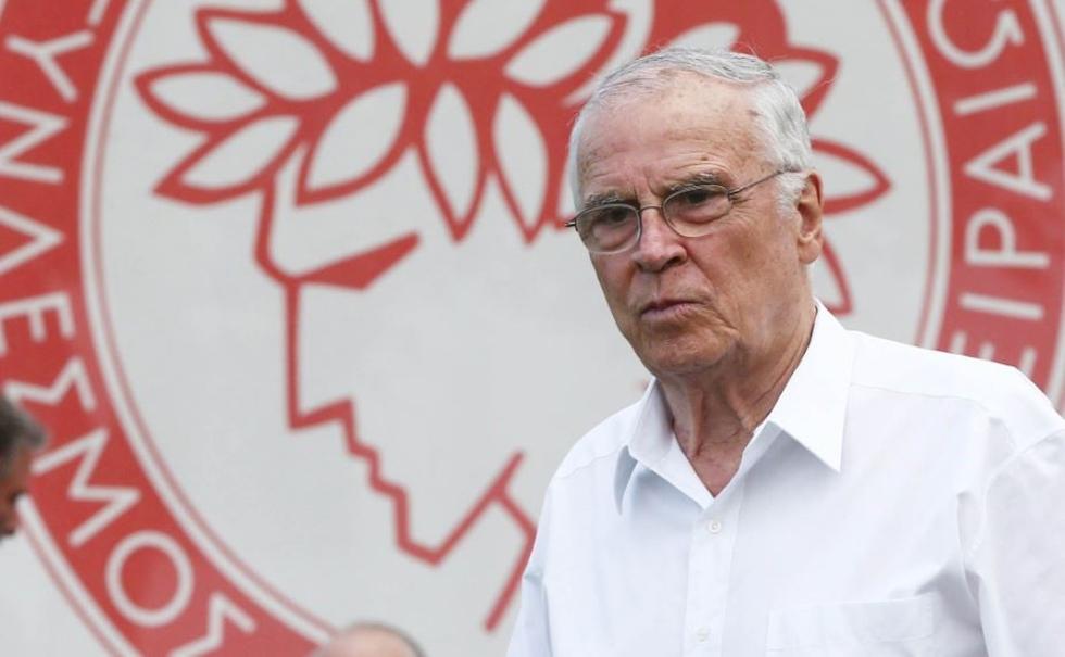 Σ. Θεοδωρίδης: «Παίξαμε καταπληκτικό ποδόσφαιρο, ο Ολυμπιακός θα γίνεται όλο και καλύτερος» | to10.gr
