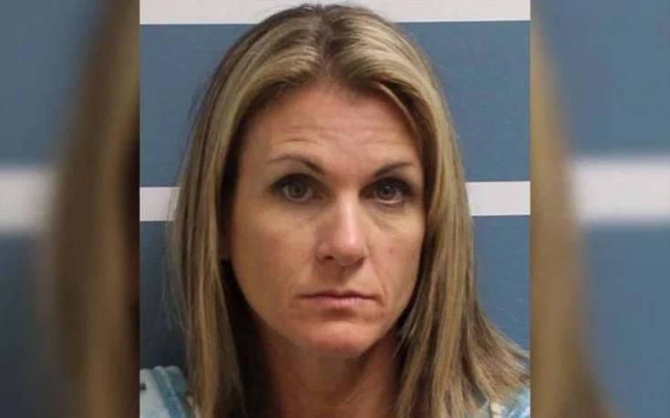 Μητέρα έκανε σεξ με δύο ανήλικα αγόρια που έκλεψε από τις κόρες της | to10.gr
