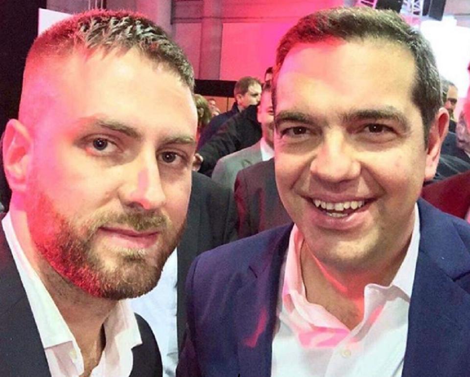 Η σέλφι του Τζέισον – Αντιγόνη με Τσίπρα και οι διθύραμβοι για τον πρωθυπουργό | to10.gr