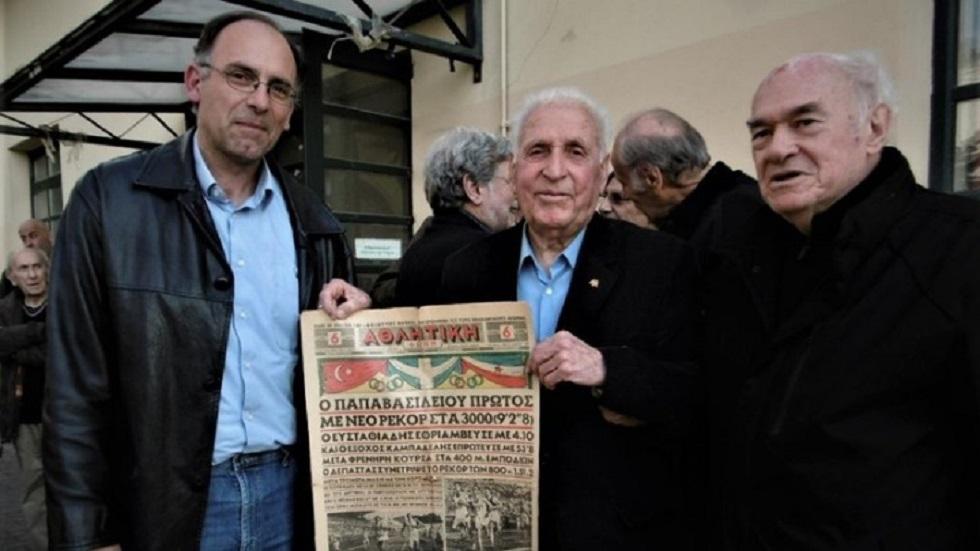 Τιμήθηκε ο θρύλος των σπρίντ Γιώργος Παπαβασιλείου | to10.gr