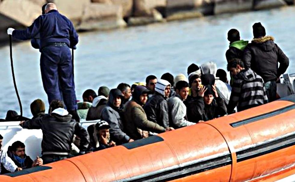 Ναυάγιο στην Τυνησία με τουλάχιστον 70 νεκρούς πρόσφυγες | to10.gr