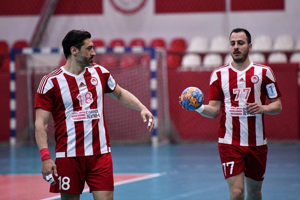Σανίκης: «Παίρνουμε επιπλέον ώθηση από τους οπαδούς μας» | to10.gr