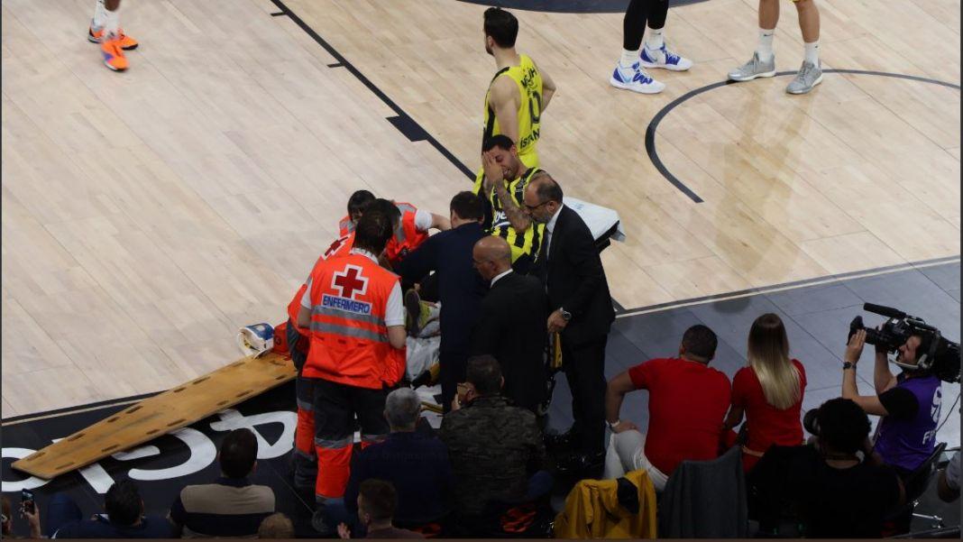 ΄Έρικ Γκριν: Σοβαρός τραυματισμός στο πόδι | to10.gr