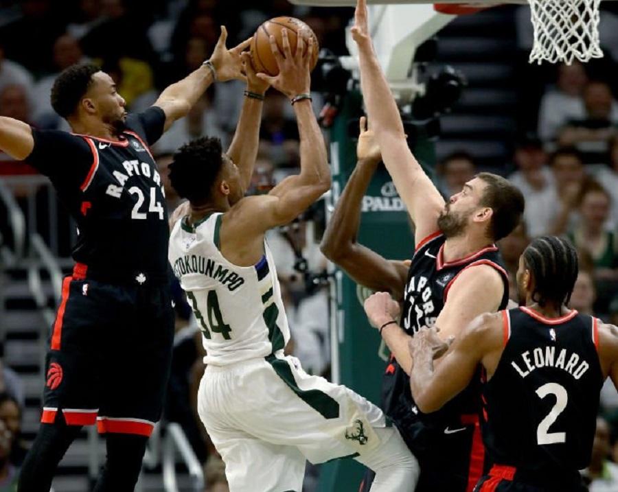 NBA Playoffs: Για το 2-0 οι Μπακς και Γιάννης Αντετοκούνμπο!   to10.gr
