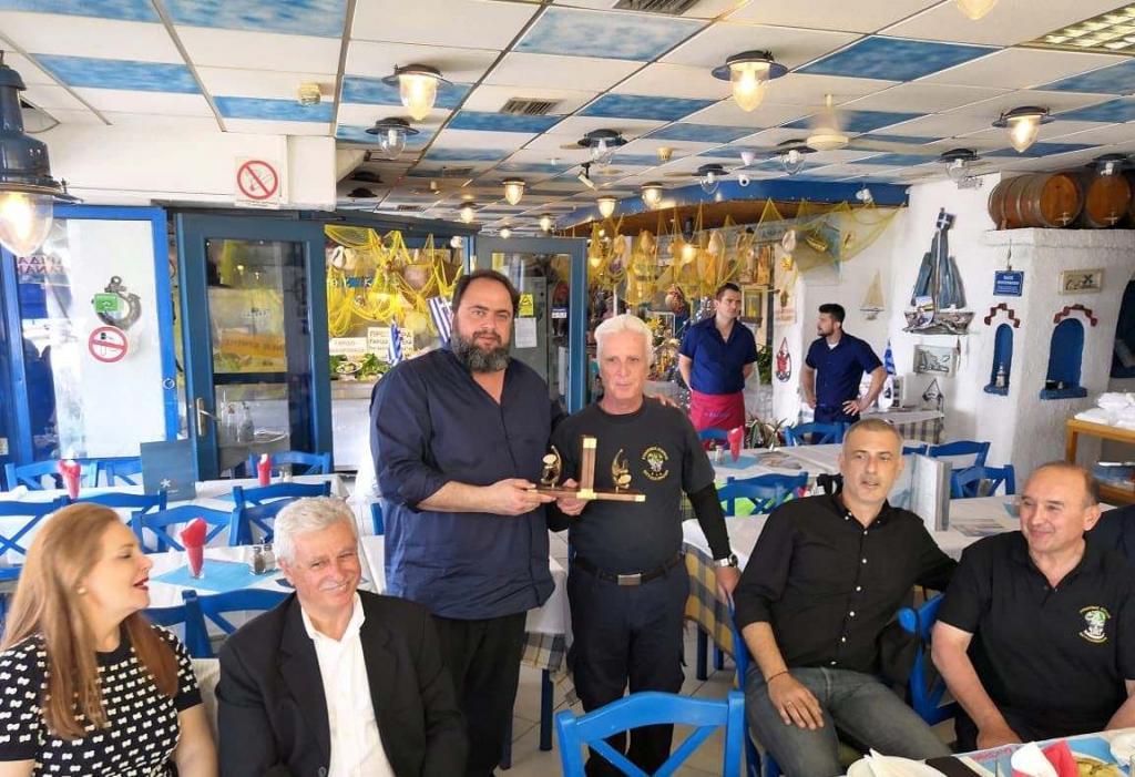 Μαρινάκης και Μώραλης στηρίζουν τον Σύνδεσμο Ελλήνων Βατραχανθρώπων | to10.gr