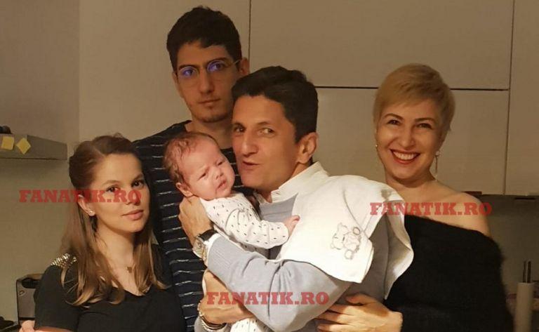 Ο Λουτσέσκου βαπτίζει και το δεύτερο εγγόνι του (pics) | to10.gr