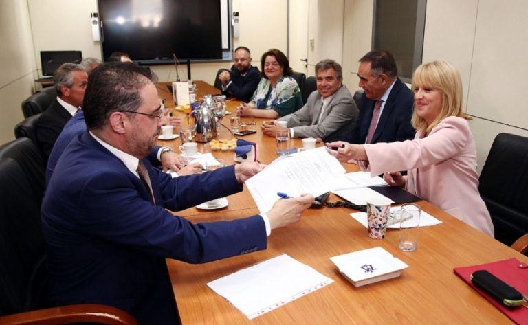 Οι υπογραφές με την Περιφέρεια μέσα από τα μάτια της ΑΕΚ (vid)   to10.gr