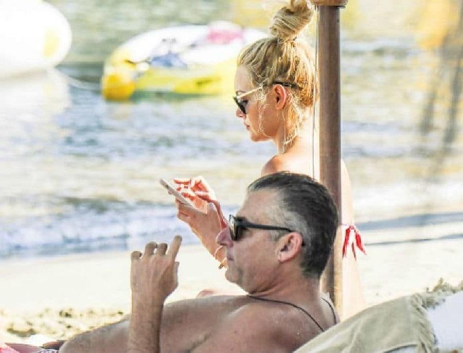 Γιώργος Λιάγκας – Βίκυ Κάβουρα: Τους έπιασαν στα πράσα οι φωτογράφοι σε παραλία! Τα ντοκουμέντα μιλάνε από μόνα τους! | to10.gr