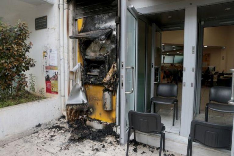 Φθορές σε ΑΤΜ τράπεζας στην Αργυρόπουλη   to10.gr