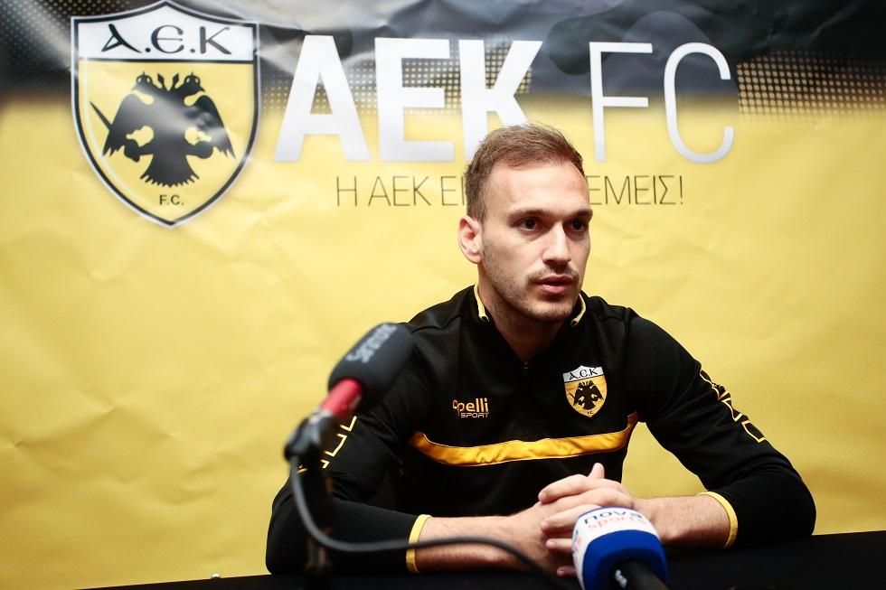 Μπακάκης: «Έχουμε νέο στυλ και θέλει υπομονή, στόχος το πρωτάθλημα» | to10.gr