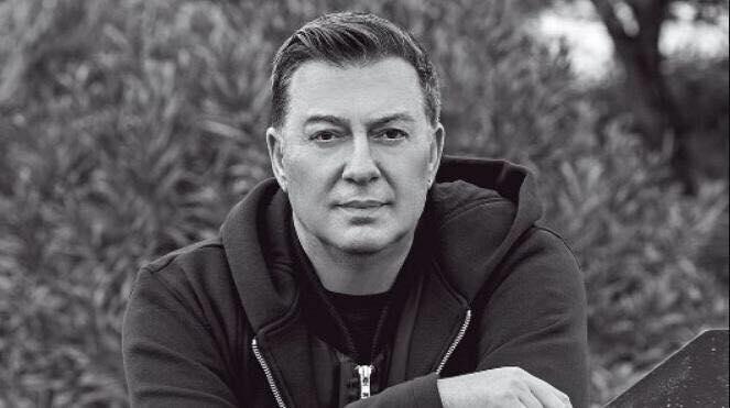 Νίκος Μακρόπουλος: «Τα λόγια δεν αρκούν να περιγράψουν τα συναισθήματα» | to10.gr