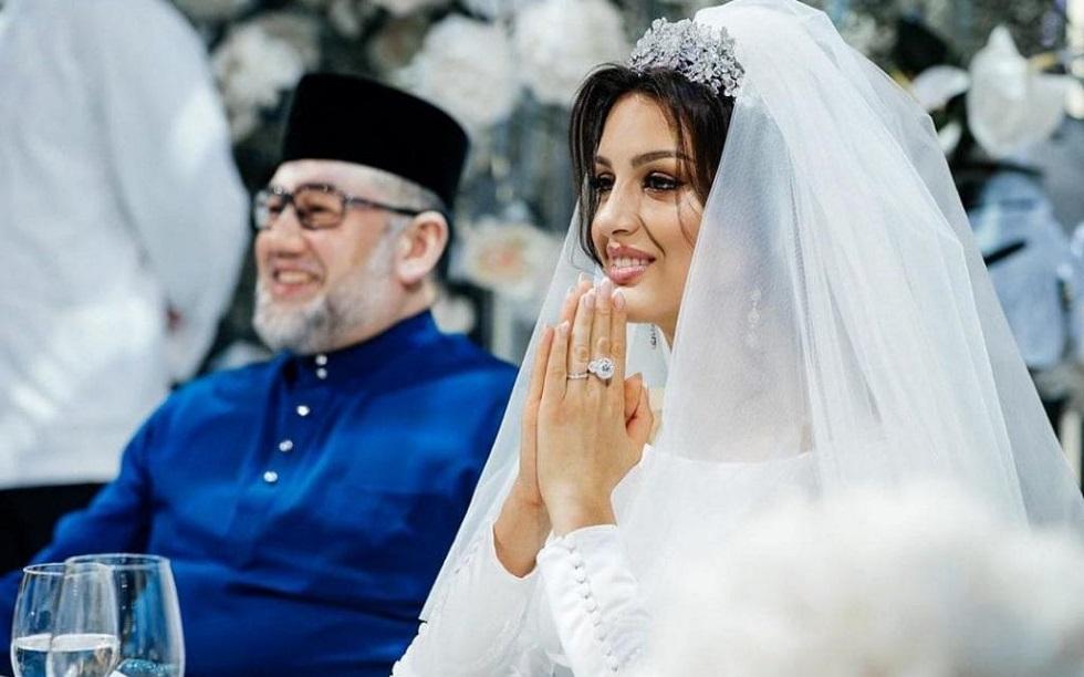 Ο τέως βασιλιάς της Μαλαισίας χώρισε την πρώην «Μις Μόσχα» | to10.gr