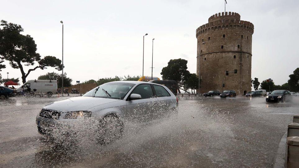 Επικίνδυνα καιρικά φαινόμενα: Έρχονται πολύ μεγάλα ύψη βροχής σε Θεσσαλονίκη και Χαλκιδική | to10.gr