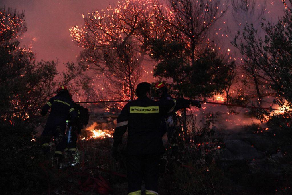 Πυρκαγιά στον Υμηττό: Η έκρηξη στις 3:18 και οι φλόγες των 20 μέτρων – Έρευνες για εμπρησμό | to10.gr