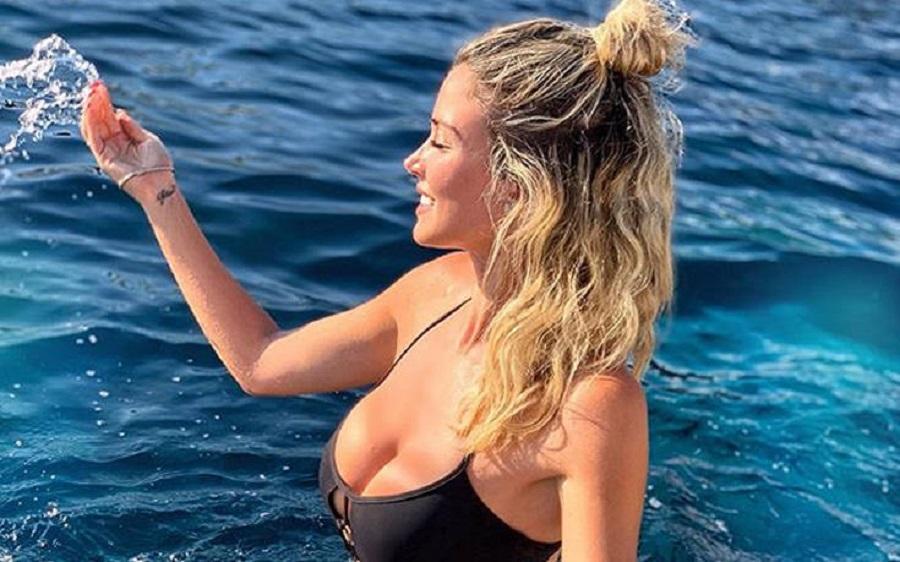 Η σέξι παρουσιάστρια που αναστατώνει τους Ιταλούς   to10.gr