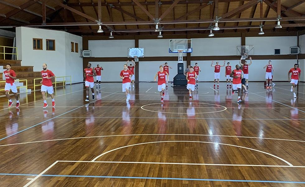 Ολυμπιακός: Στα… κόκκινα στο Μέτσοβο (vid)   to10.gr