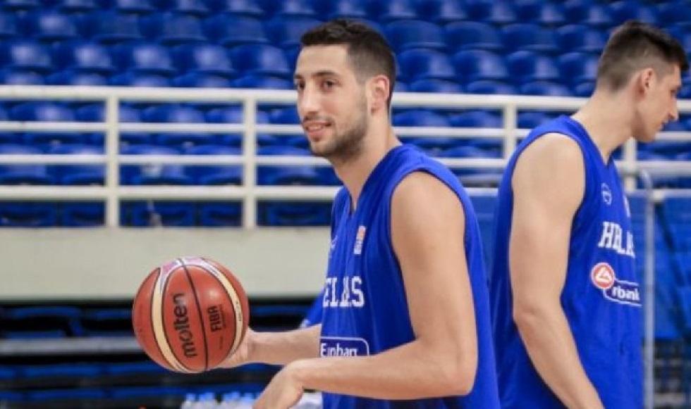 «Κόπηκε» ο Σαλούστρος από την Εθνική (pic) | to10.gr